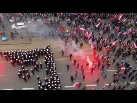 Πολωνία: Συγκρούσεις ακροδεξιών με την αστυνομία