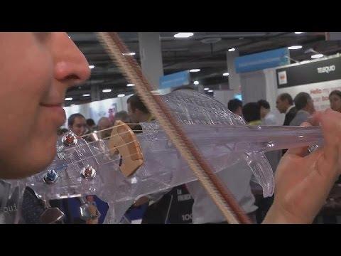 Скрипка из пластика в формате 3D
