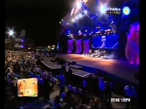 Cosquín 2012 - Tercera luna - Presentación y Néstor Garnica - 22-01-12