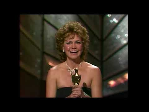 Sally Field ve Places in the Heart ile Gelen Oscar'ı! - 57. Oscar Ödülleri
