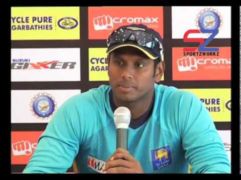 Mahela Jayawardene talks to reporters - Day 2, 2nd Test, South Africa in Sri Lanka, 2014