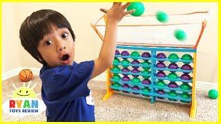 Video BALL TOSS Connect 4 Family Fun Game Night parent vs kid! Eggs Surprise Toys For Kids MP3, 3GP, MP4, WEBM, AVI, FLV Juni 2017