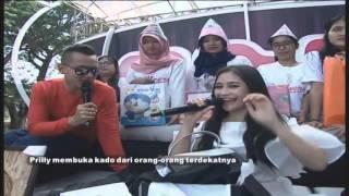 Video Prilly Senang Dapet Kado dari Mama dan Aliando MP3, 3GP, MP4, WEBM, AVI, FLV Februari 2019