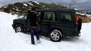 Land Rover Discovery II Stuck On Deep Snow
