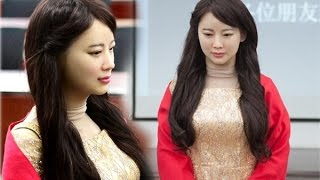 Video Jia Jia the China's Most Realistic HUMANOID who recognises faces and can learn new skills MP3, 3GP, MP4, WEBM, AVI, FLV Juli 2018
