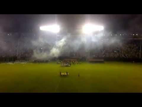 Gran Recibimiento Olimpia - Emelec. Copa Libertadores de América 2012 - La Barra del Olimpia - Olimpia
