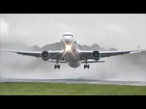 Planes at Birmingham Int'l Airport, BHX | 09/11/13