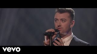 Video Sam Smith - Writing's On The Wall (Live On The Graham Norton Show) MP3, 3GP, MP4, WEBM, AVI, FLV Maret 2018