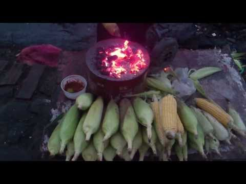 Enjoy Sweet Corn Bhutta in Rains of Mumbai