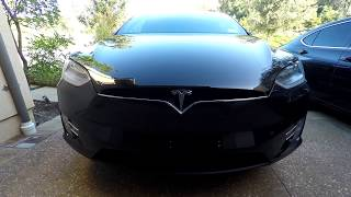 $1000 credit when you order a Model S/X: http://mactechgenius.com/Tesla/referral.htmlIf you are a prospective buyer for a Tesla Model S/X refrain from selecting the solid black paint option and opt for the premium metallic paint. Please subscribe and like for subsequent Model X content. -Site: http://www.mactechgenius.com-Twitter: https://twitter.com/mactechgenius-Google Plus: https://plus.google.com/+mactechgenius