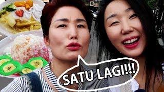 Video Mama dari Korea Tergila-Gila dengan Es Pisang Ijo!! MP3, 3GP, MP4, WEBM, AVI, FLV Juli 2018