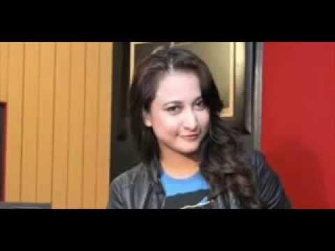 Video HEBOH Inilah Pengakuan RINADA Memakai seragam PNS Bandung Saat Mesum HOOT download in MP3, 3GP, MP4, WEBM, AVI, FLV January 2017