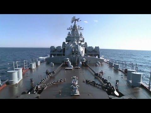 Putin: Russische Kriegsschiffe bleiben weiterhin im Mittelmeer