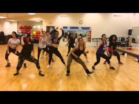 Zumba  (Dance fitness) – Jump by Rihanna