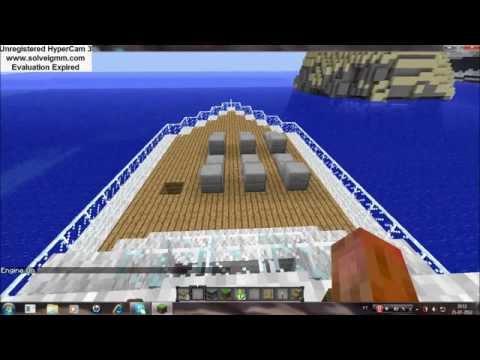 Barco no minecraft que anda com mod boats and ships