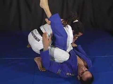 brazilian jiu jitsu triangle escape