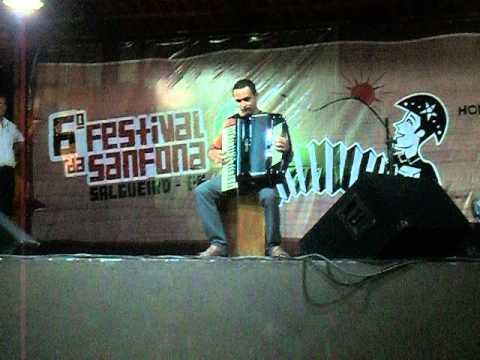IRANILDO GALVÃO VENCEDOR DO 6° FESTIVAL DE SANFONAS DO SERTÃO DE SALGUEIRO - PE 2014