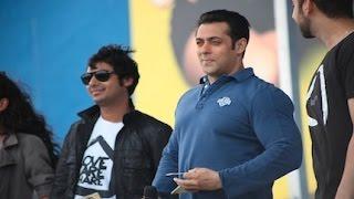 APTV: Salman Khan, Vinay Virmani, Isabelle Kaif & Kunal Nayyar Talk About 'Dr.Cabbie'