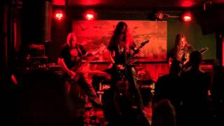 Video Let Them Burn - Conqueror (official lyrics video)