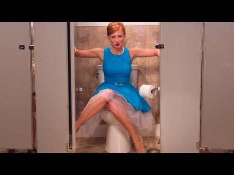 Girls Don't Poop - PooPourri.com (видео)
