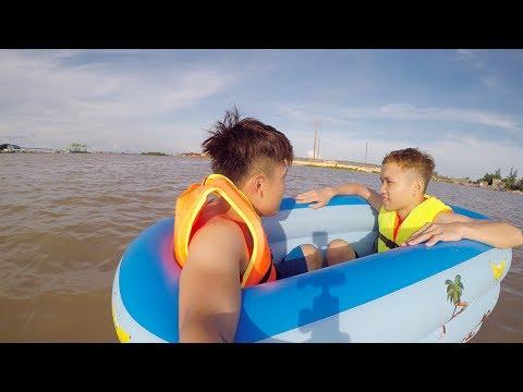 NTN - 4K Thử Dùng Bể Bơi Ra Giữa Sông Sâu 30M ( Use Pool Do Boat ) - Thời lượng: 10:36.
