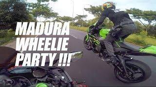 Video #48 Duo ZX10R Wheelie di Madura, Bikin Eargasm ! MP3, 3GP, MP4, WEBM, AVI, FLV Maret 2019
