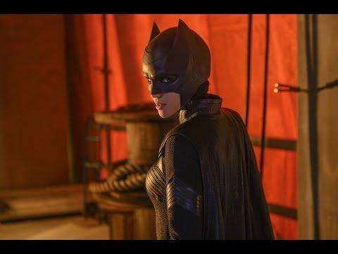 The Drinker Reviews Batwoman - Episode 1