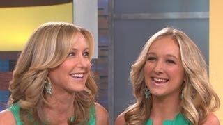 Celebrity Doppelgangers: Lara Spencer Sees Her Double on 'Good Morning America'