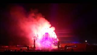 Military - Gunz For Hire (Q-Dance @ TomorrowWorld 2013 End Show) [HD RIP] - YouTube