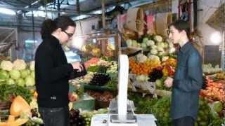 Modul 8: Nakupování Rozhovor 2: Nakupování zeleniny a ovoce.