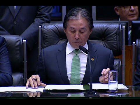 Eunício: Bolsonaro triunfará como presidente de todos os brasileiros