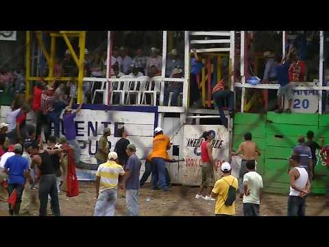 Barrera de toros Juigalpa, Chontales 2011.mts