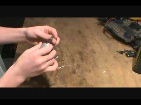 How to clean an electric brushed motor 2