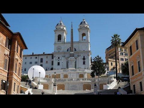 Ρώμη: Ανοιχτά και πάλι τα σκαλοπάτια της Πιάτσα ντι Σπάνια