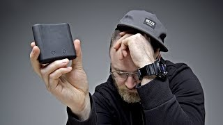 Video The Worst Gadget EVER On Unbox Therapy... MP3, 3GP, MP4, WEBM, AVI, FLV Mei 2018