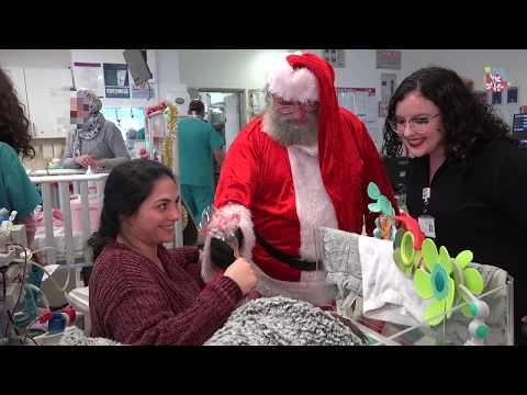 סנטה קלאוס מבקר את ילדי רמבם