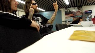 "Video Brian ""HeAd"" Welch checks Never Left Behind"