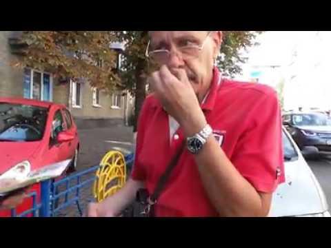 Хохлы ганьбят водителя Яндекс.Такси во Львове