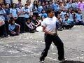 Un nene que baila como gay jajajaj veanlo