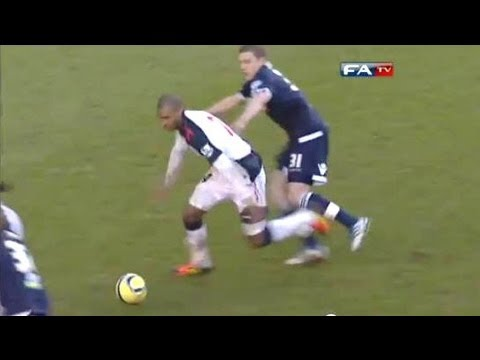 Millwall vs Bolton highlight - Bolton put their relegation worries to one side as goals from Ryo Miyaichi and David Ngog secured an FA Cup quarter-final place at Millwall's expense. Arsena...