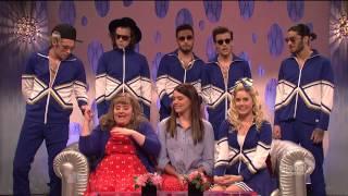 Download Lagu One Direction - SNL (skit part 3- dancing highlight) Mp3