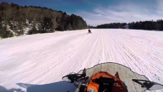 10. 2015 Ski doo - Artic Cat XF 7000     GSX 900 ACE