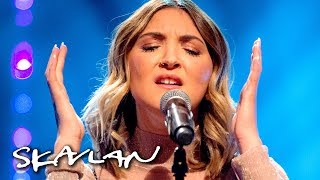 Video Julia Michaels performs «Issues» acoustic | Skavlan MP3, 3GP, MP4, WEBM, AVI, FLV Januari 2018