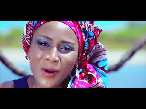 NUMBER ONE AFRICAN PRAISE VIDEO 2018  ( Hot African Praise-Uche Favour)
