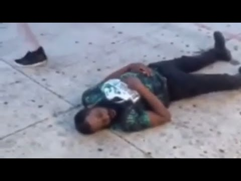 **WATCH THIS GUY GET KNOCKED OUT WITH ONE PUNCH AND REALLY GOES TO SLEEP** 😱😱😱