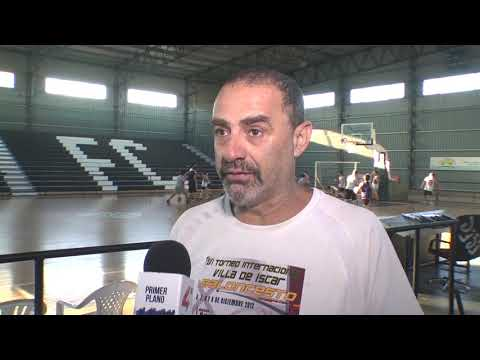 Clínica reválida para técnicos del basquetbol.