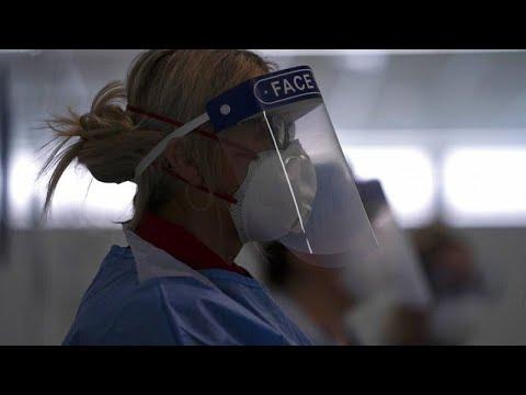 COVID-19: Ανάγκες σε εξοπλισμό προστασίας για γιατρούς και νοσηλευτές στη Βρετανία…