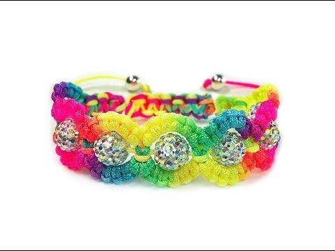 DIY: Flower style macrame shamballa bracelet / Радужный браслет шамбала в цветочном стиле