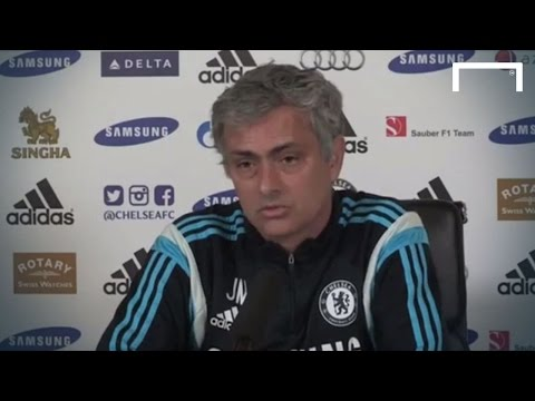 Mourinho attacks Liverpool legends (видео)