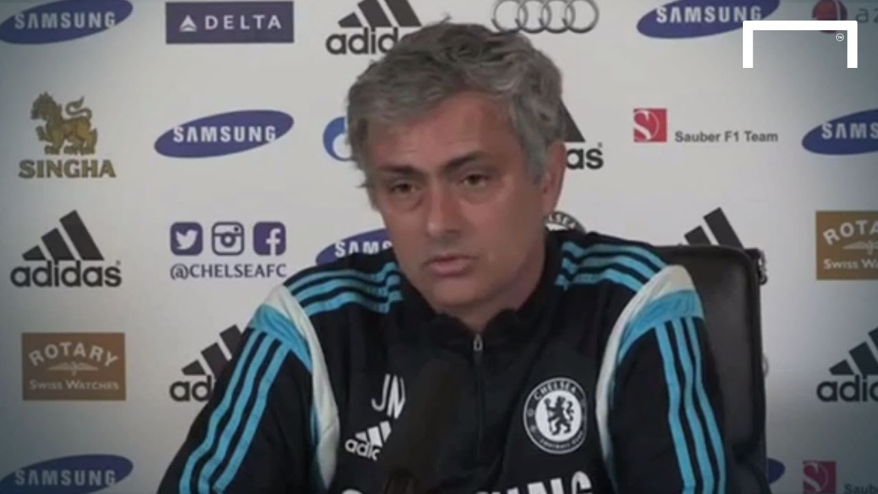 Mourinho attacks Liverpool legends